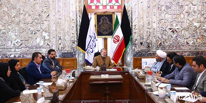 گزارش تصویری/دیدار اصحاب رسانه خراسان رضوی به همراه حجت الاسلام پژمانفر با رئیس مجلس