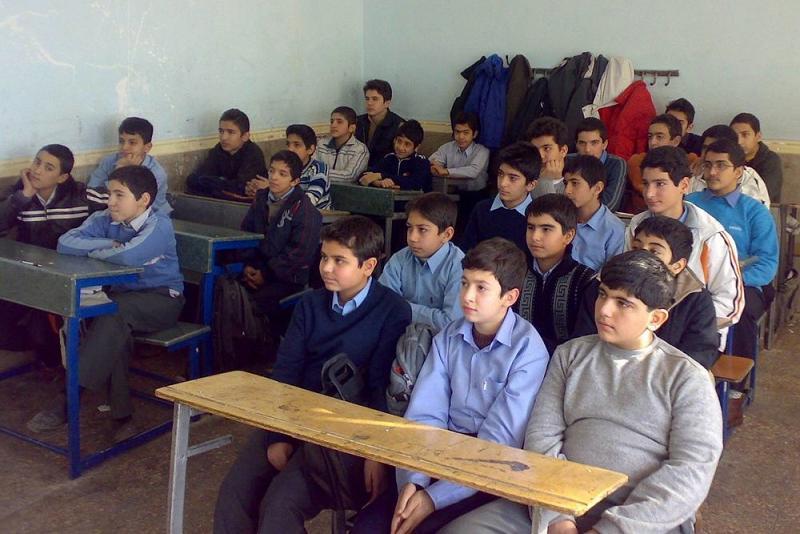 نایب رئیس کمیسیون فرهنگی مجلس: آموزش و پرورش در حوزه «تربیت» برنامهای ندارد