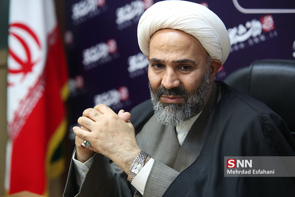 نصراله پژمانفر: اگر حمایت اصولگرایان نبود لاریجانی باید پایین مجلس مینشست
