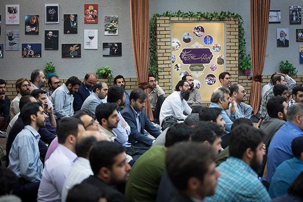 پژمانفر در نهمین مراسم افطاری فعالان جبهه فرهنگی انقلاب: ایستادگی جوانان امروز بیشتر از جوانان قبل از انقلاب است