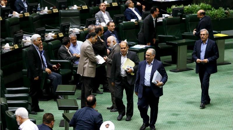 عملکرد غیرقابل دفاع دولت در عرصه اقتصادی باعث انتقاد بسیاری از موافقان روحانی شده است