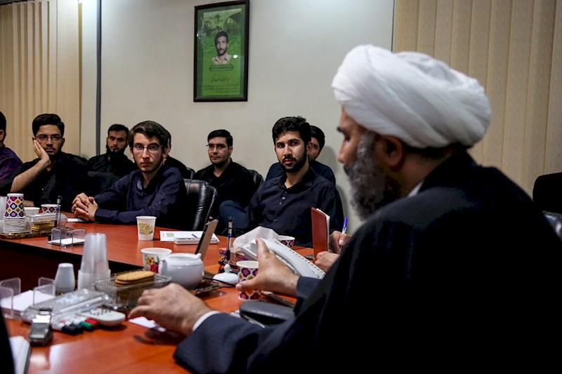 گزارش تصویری/نشست مطالبه گری از نمایندگان مجلس با حضور حجت الاسلام پژمان فر