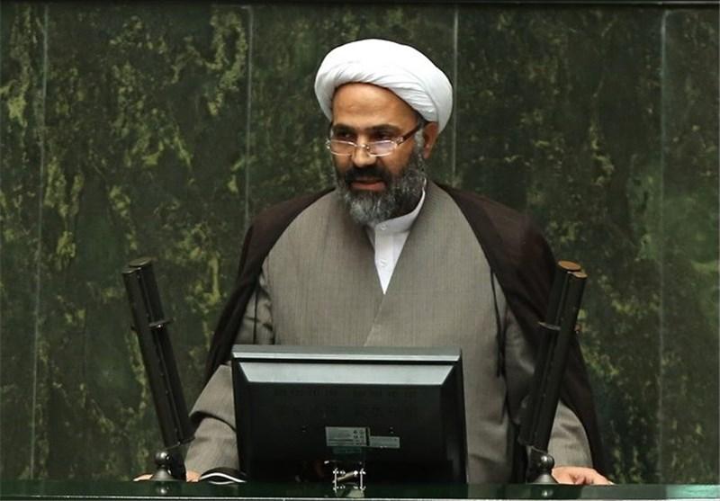 مصاحبه اهانتآمیز «شیخ علی تهرانی» پروژه تخریبی برای قداستزدایی از امام(ره) است