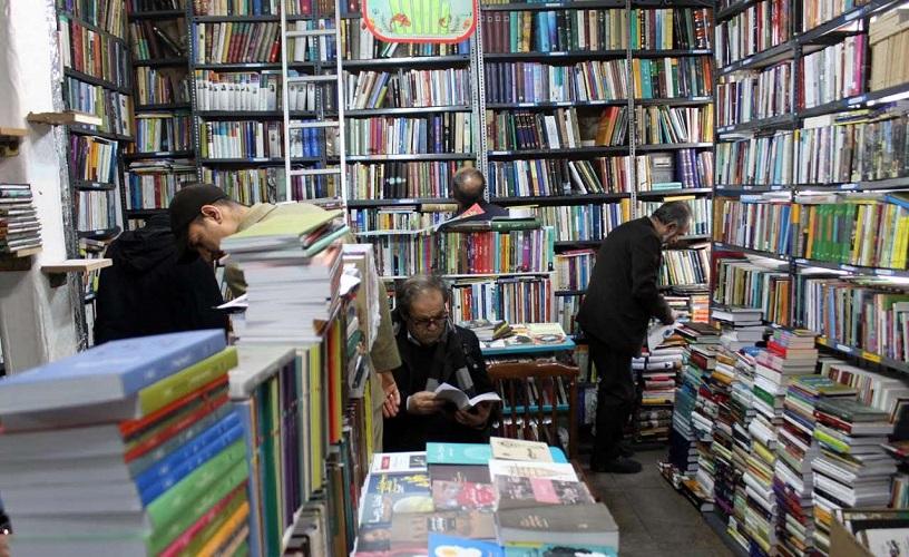 نماینده مردم مشهد و کلات: کتابخانههای عمومی جایگاه ویژهای برای جامعه دارند